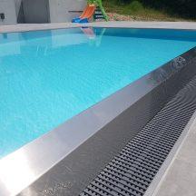 Prelivový bazén
