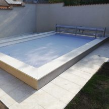 Roletové zastrešenie bazéna